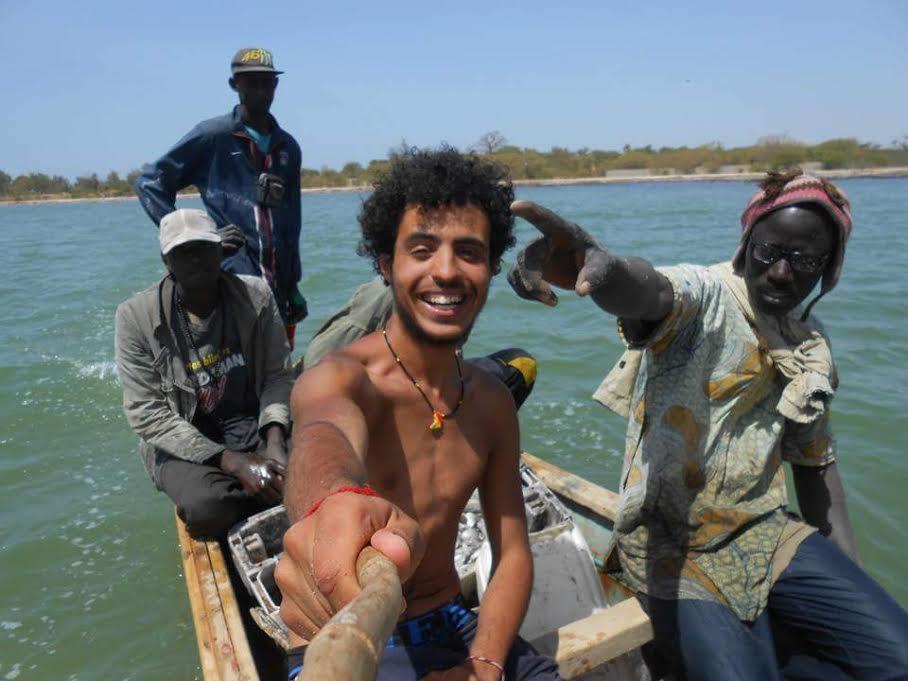 حوار مع شاب من الجديدة  زار أدغال افريقيا برّا وهذه هي ارتساماته حول سفره ومغامراته