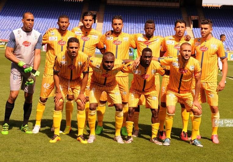 المغرب الفاسي يهدد بالانسحاب من مباراته أمام الدفاع الحسني الجديدي