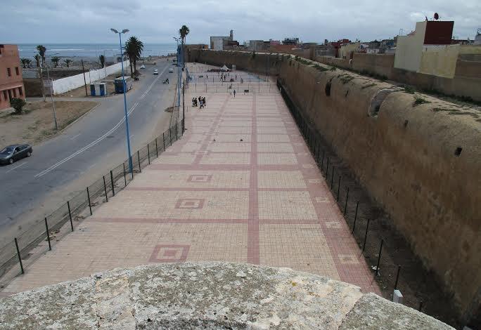 مركز دراسات وأبحاث التراث البرتغالي يحذر السلطات المغربية من انعكاسات احداث سوق للباعة المتجولين قرب الحي البرتغالي