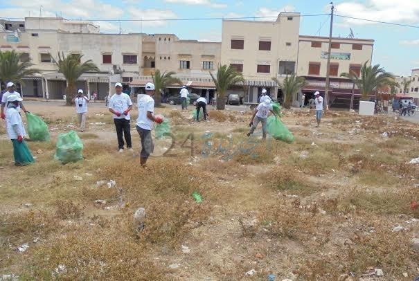 عملية ''زيرو ميكا'' في حملة لجمع الأكياس البلاستيكية بالزمامرة