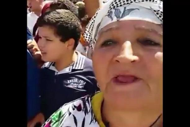 فيديو.. مشاركة في مسيرة الدار البيضاء تفضح مرشح البام بسيدي بنور ''ولد زروال''