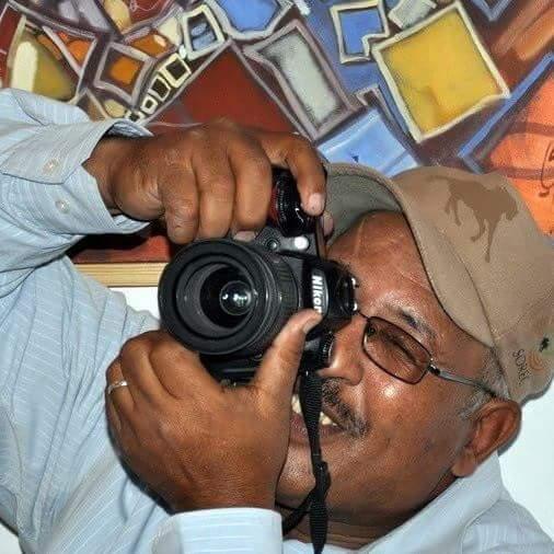 تعزية في وفاة والدة المصور الصحفي عبد القادر بادو
