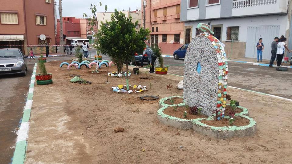 تنظيم حملة تطوعية لتنظيف وتشجير ساحة حي زنقة سوس بالجديدة