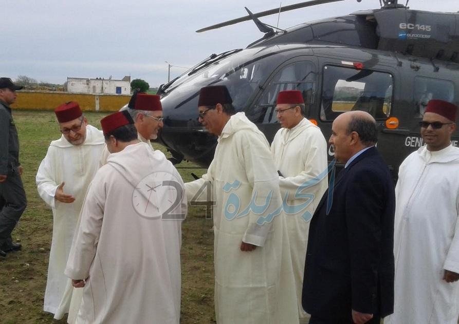 الحاجب الملكي يسلم هبة ملكية لشرفاء زاوية ''بن يفو'' بإقليم سيدي بنور