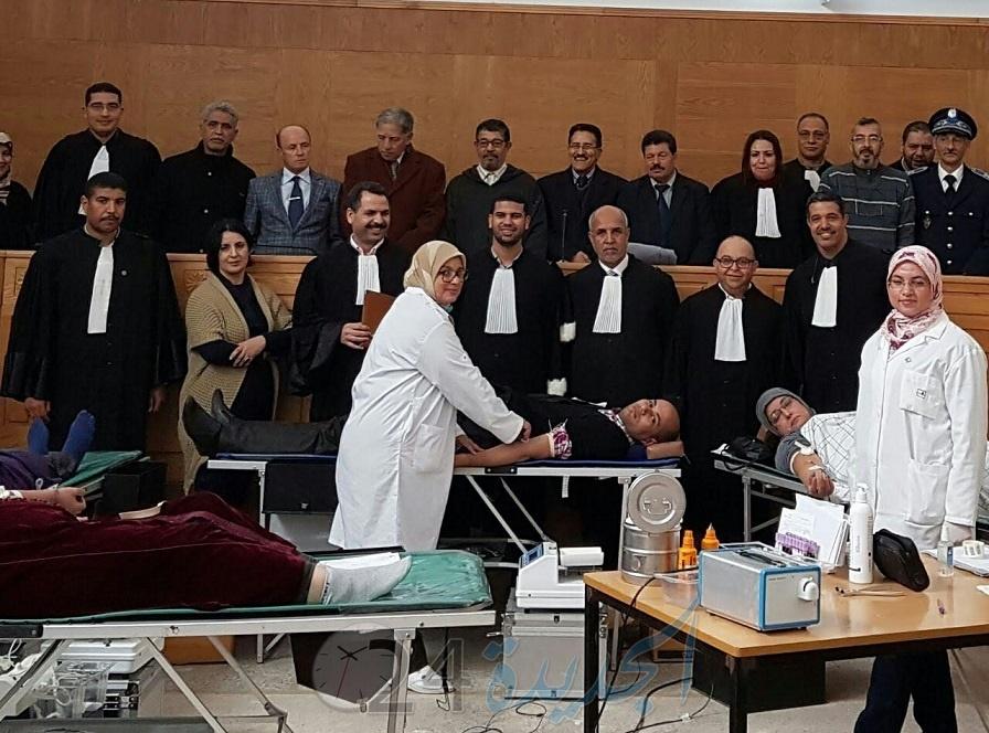هيئة المحامين بالجديدة تنظم حملة للتبرع بالدم بقصر العدالة بالجديدة