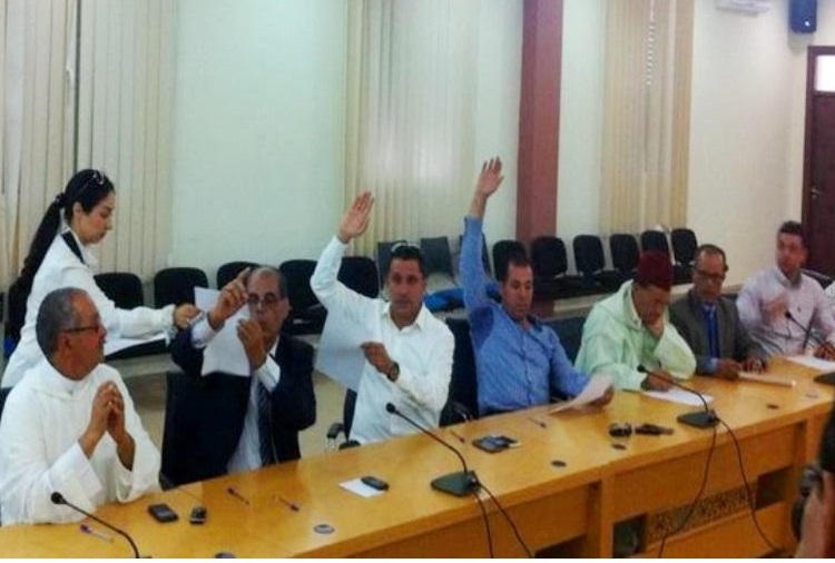 المجلس الإقليمي لسيدي بنور ''يغتصب'' مالية الجماعات الترابية للإقليم