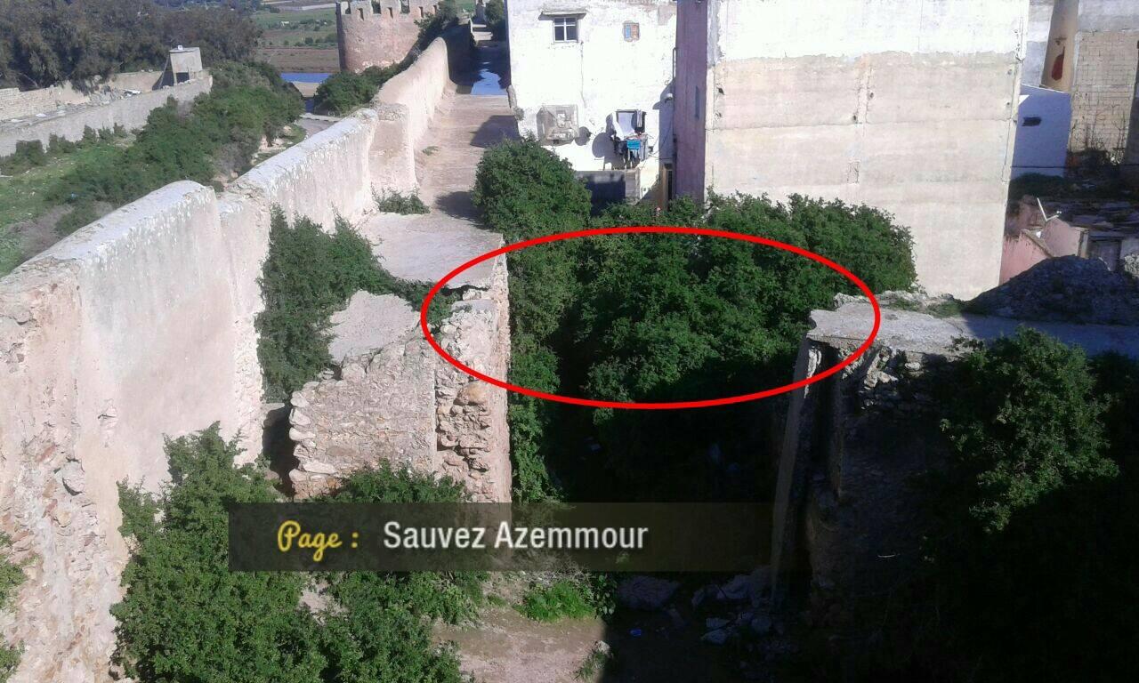 بالصور.. اصابة 3 زوار في سقوط قنطرة داخل السور التاريخي لمدينة أزمور