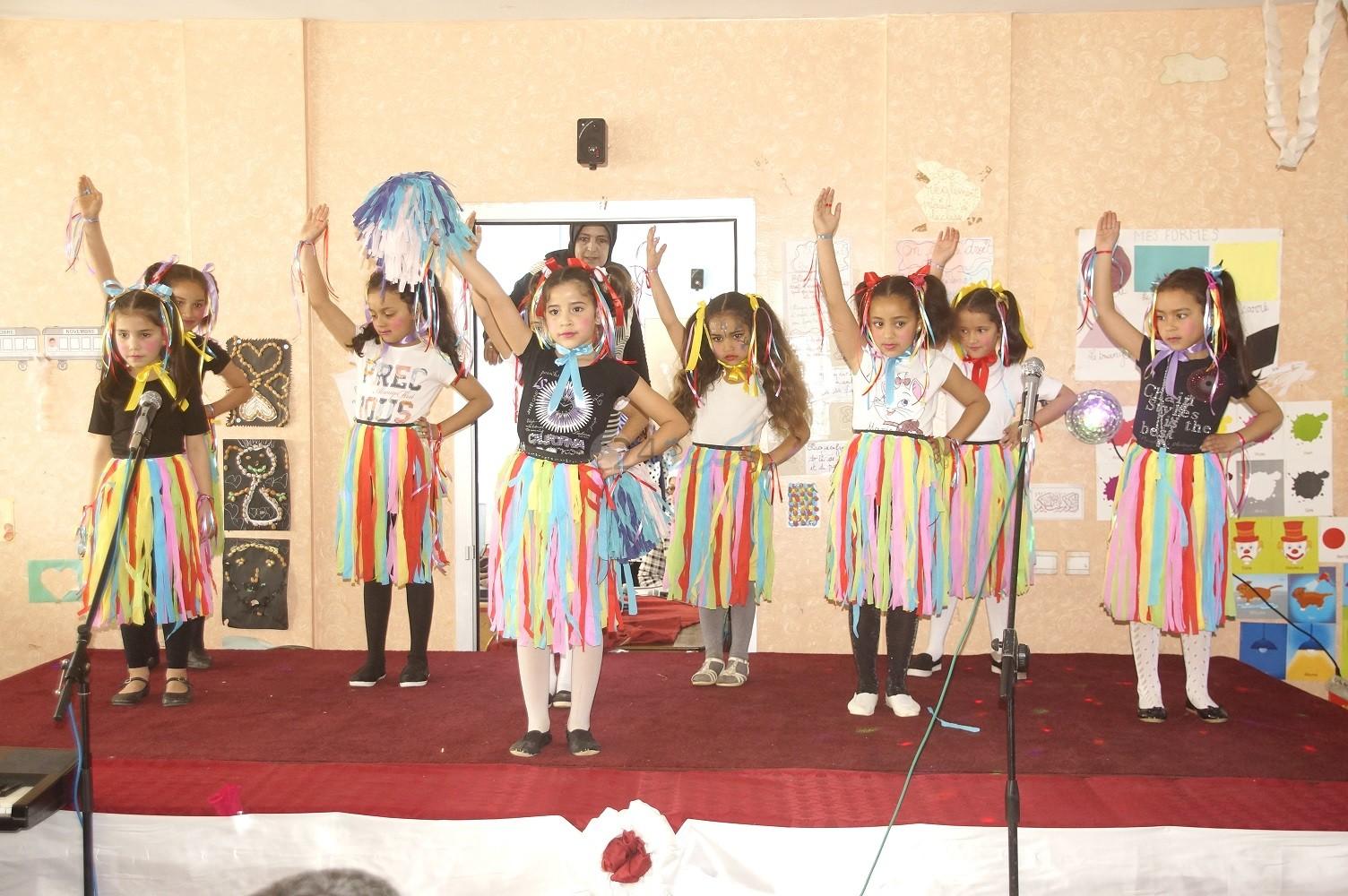 بالصور.. مجموعة مدارس أم الربيع الخصوصية بالجديدة تحتفل بعيد الأم