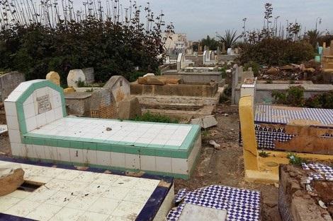 استياء من تحول مقبرة الرحمة بالجديدة الى مكان لا يليق بدفن أموات المسلمين