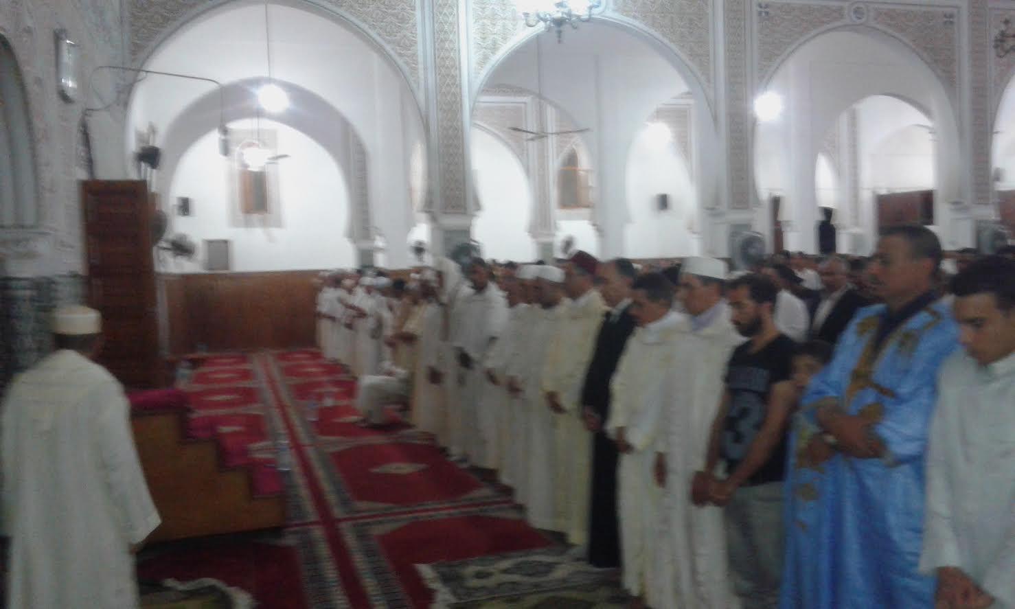 تنظيم حفل ديني إحياء ليلة القدر المباركة بالمسجد الحسني بالزمامرة