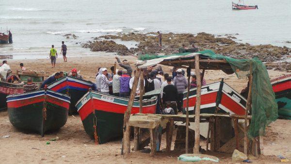 مطالب بفتح تحقيق في توقيف مشروع نقطة تفريغ السمك ''لحديدة'' بتراب دائرة ازمور