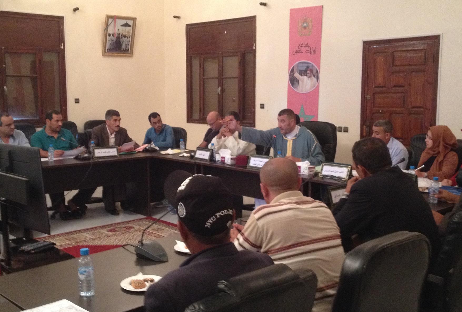 المجلس الجماعي لأولاد أحسين يصوت بالإجماع على مشروع تصميم التهيئة لمركز الجماعة