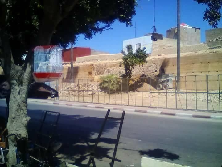 رئيس مجلس آزمور يوضح حقيقة انهيار سور المدينة العتيقة و مستشار في الأغلبية يرد ببيان مضاد