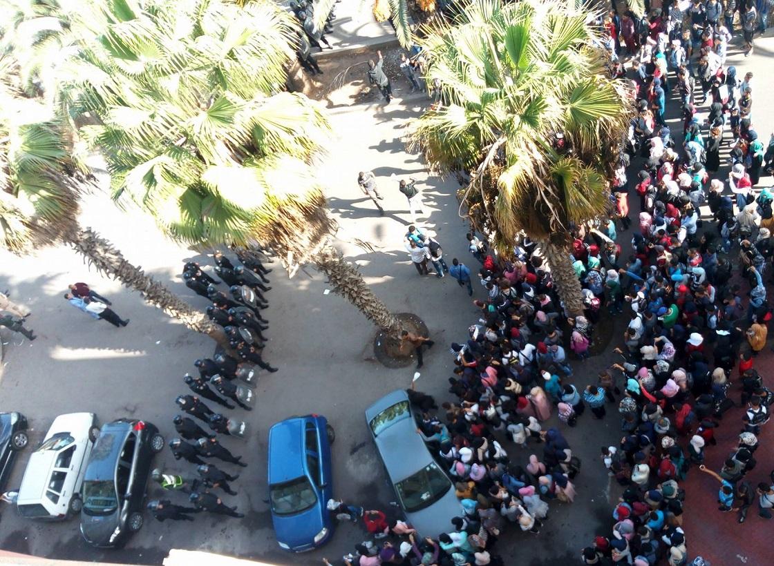 الاتحاد الوطني لطلبة المغرب يُكَذّب رواية الأمن حول واقعة ''احتجاز رجل أمن'' بالجديدة وهذه هي حقيقة ما وقع