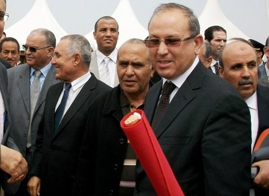 ''الزلزال الملكي'' يصل الى سيدي بنور ويعفي عامل الاقليم المصطفى الضريس من مهامه