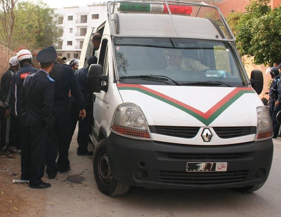 الشرطة بالزمامرة توقف نصابا أصدر شيكات بقيمة 420 مليون سنتيم