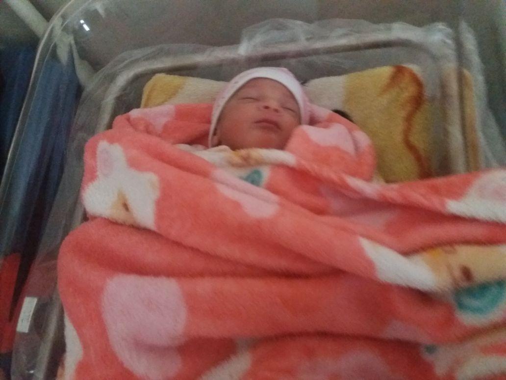 تهنئة: التوأم ''محمد وسامية'' يضيئان بيت إبنة الزميل رشيد شبي