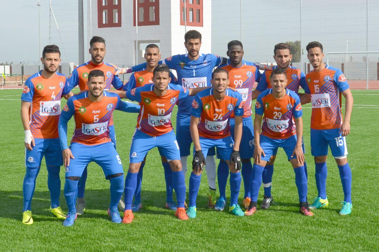 نهضة الزمامرة يستمر في صدارة بطولة الهواة بعد تعادله مع النادي المكناسي في قمة الدورة 24