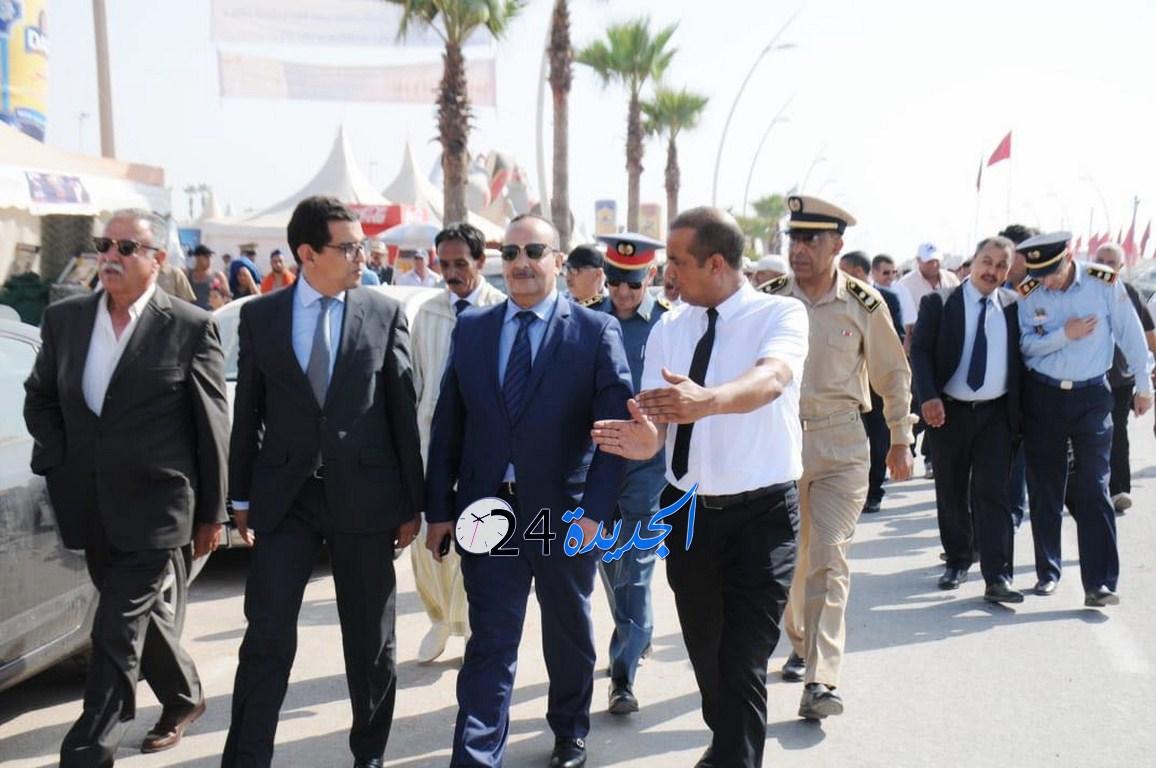 وزير الثقافة يزور موسم مولاي عبد الله ويعلن عن برمجة مليوني درهم لترميم أسوار 'رباط تيط' التاريخية