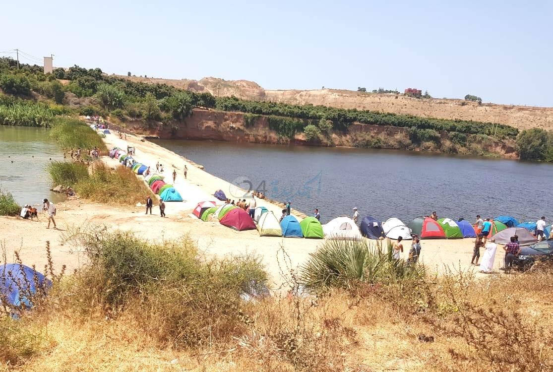 السلطات تمنع ازيد من 100 شخص من 'الرحالة البوهالة' من إقامة مخيم على ضفاف نهر أم الربيع بآزمور
