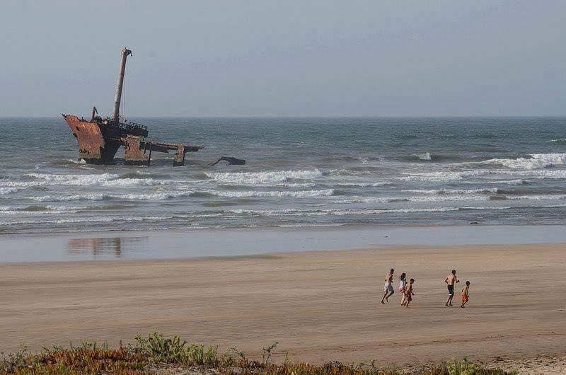 ''تيتانيك الحوزية''.. القصة الكاملة لغرق السفينة التي أصبحت من المعالم السياحية للجديدة