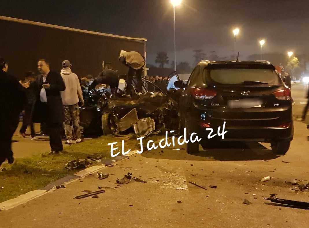 عاجل وبالصور.. 5 قتلى و 4 جرحى من مشجعي الدفاع الجديدي في حادثة سير مروعة بالجديدة