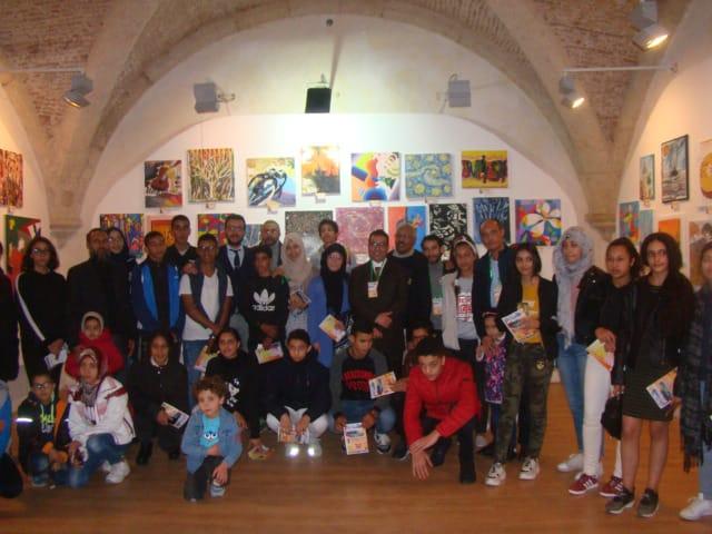 التلاميذ التشكيليون يعرضون 160 لوحة فنية في المعرض الإقليمي الأول للتلامذة التشكيليين بالجديدة