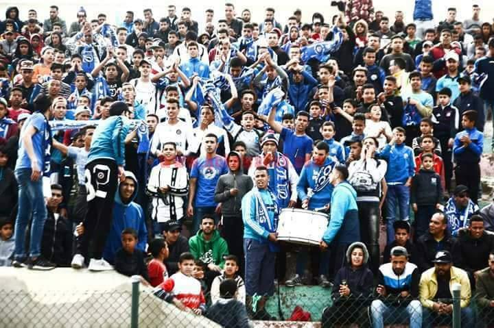 جماهير نادي نهضة الزمامرة تفتح النار على سلطات اقليم سيدي بنور