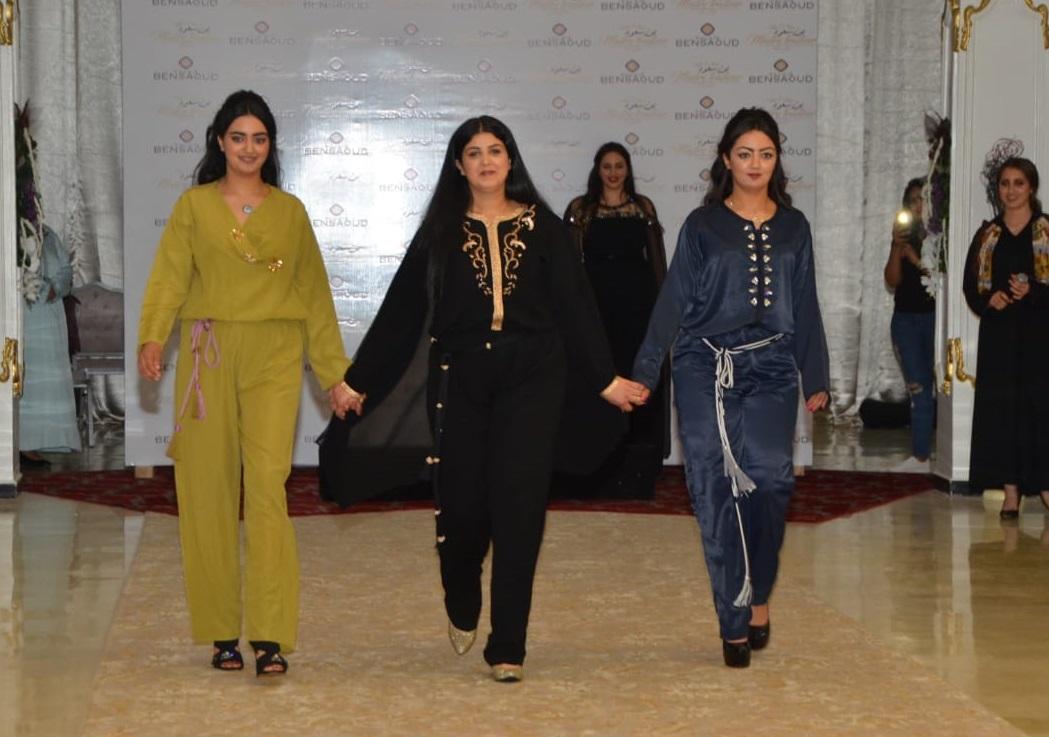تصاميم مبهرة للملابس التقليدية النسائية من توقيع المصممة مريم موين بالجديدة