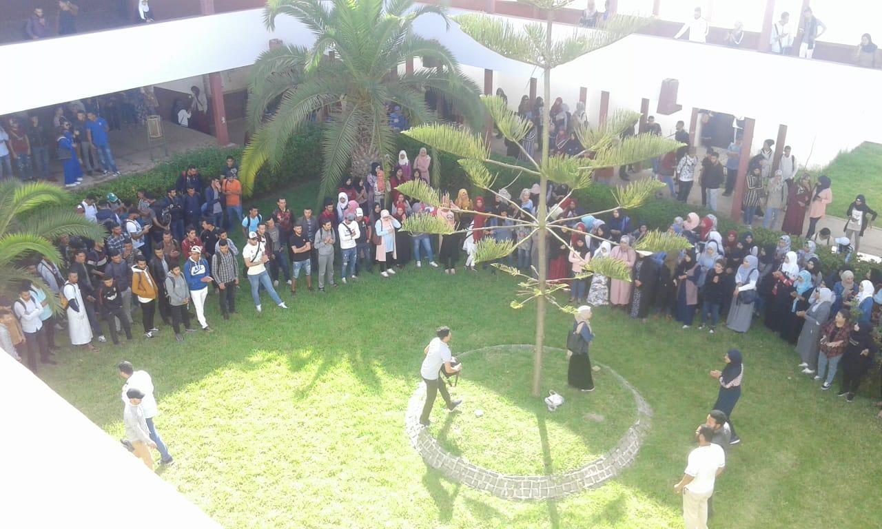 الطلبة يواصلون الاحتجاجات بكلية الآداب بالجديدة ويرفضون ''تهديدات'' ادارة الكلية