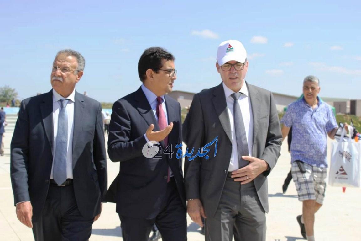 بالصور.. بدر الكانوني المدير العام لشركة العمران في زيارة تفقدية  لمخيم ''العمران'' بالحوزية