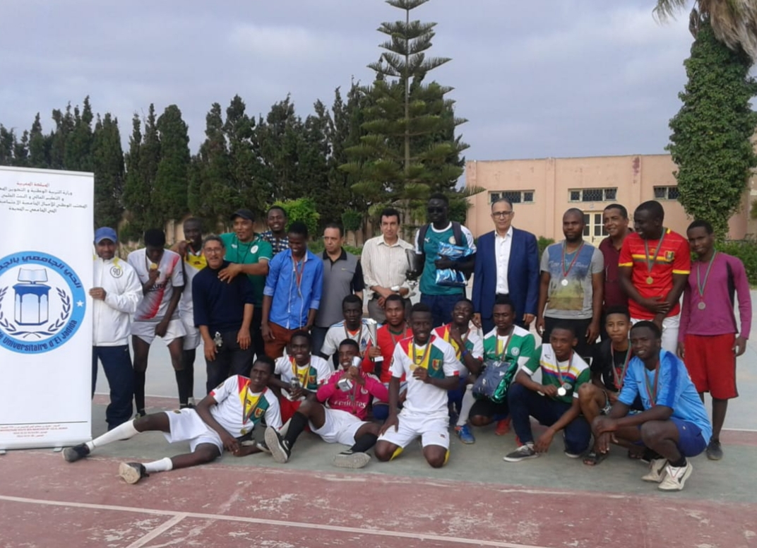 منتخب طلبة غينيا يتوج ببطولة إفريقيا الخاصة بطلبة جامعة شعيب الدكالي