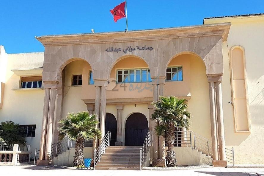 مواطن يتهم قائد مولاي عبد الله بالهجوم على ''حطته'' السكنية وتعريض أغراضه للسرقة