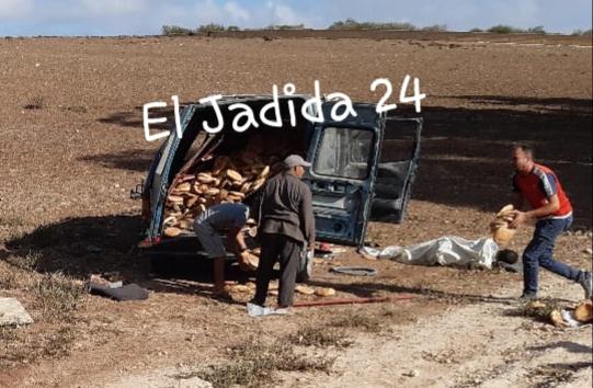 بالصور.. قتيل و3 جرحى في انقلاب سيارة بتراب جماعة اولاد رحمون باقليم الجديدة