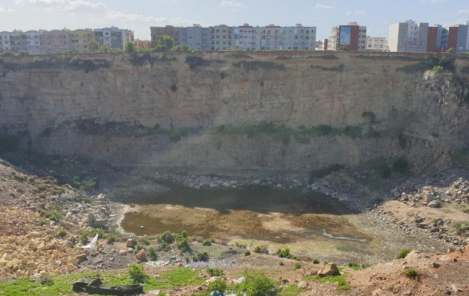 دعم مالي لجماعة الجديدة بقيمة 1.5 مليار سنتيم لتأهيل وتشجير منطقة المطرح القديم للنفايات قرب حي الغزوة