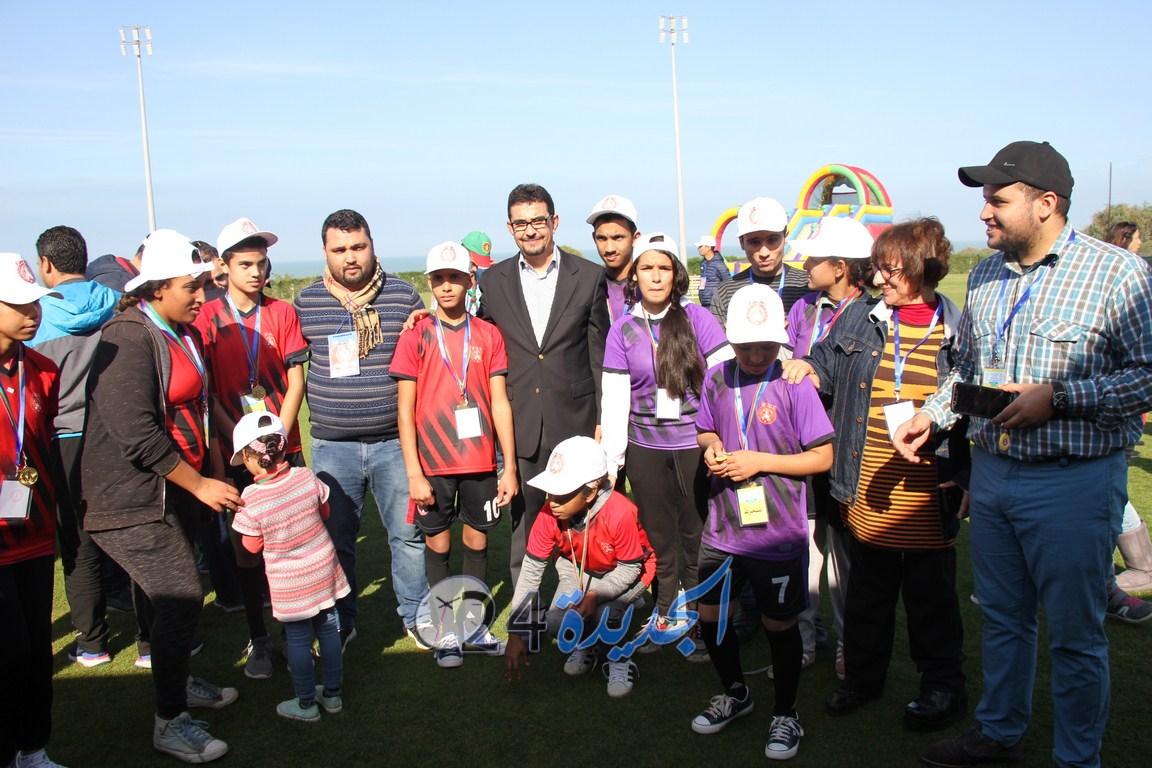 النجم الرياضي الجديدي يبهر في تنظيم يوم رياضي للأطفال ذوي الهمم بحضور محمد الڴروج