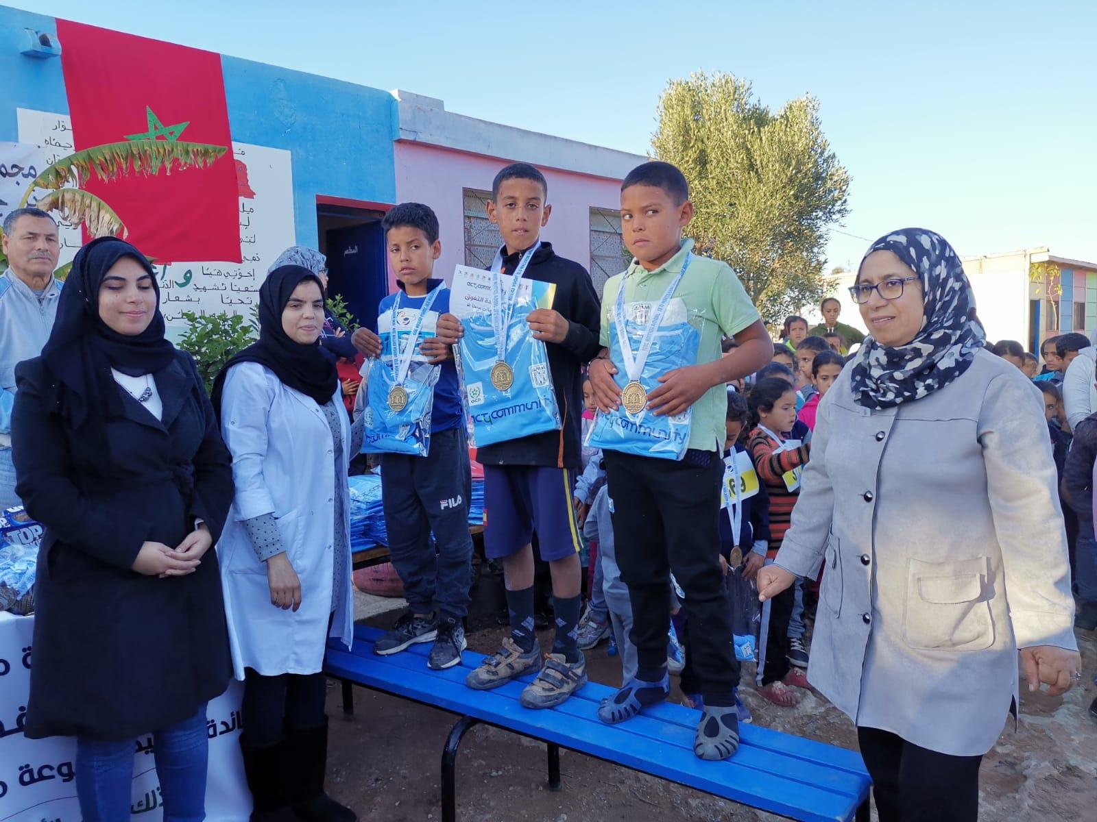 تنظيم سباق ترفيهي للتلاميذ بجماعة أولاد غانم لتشجيع الرياضة