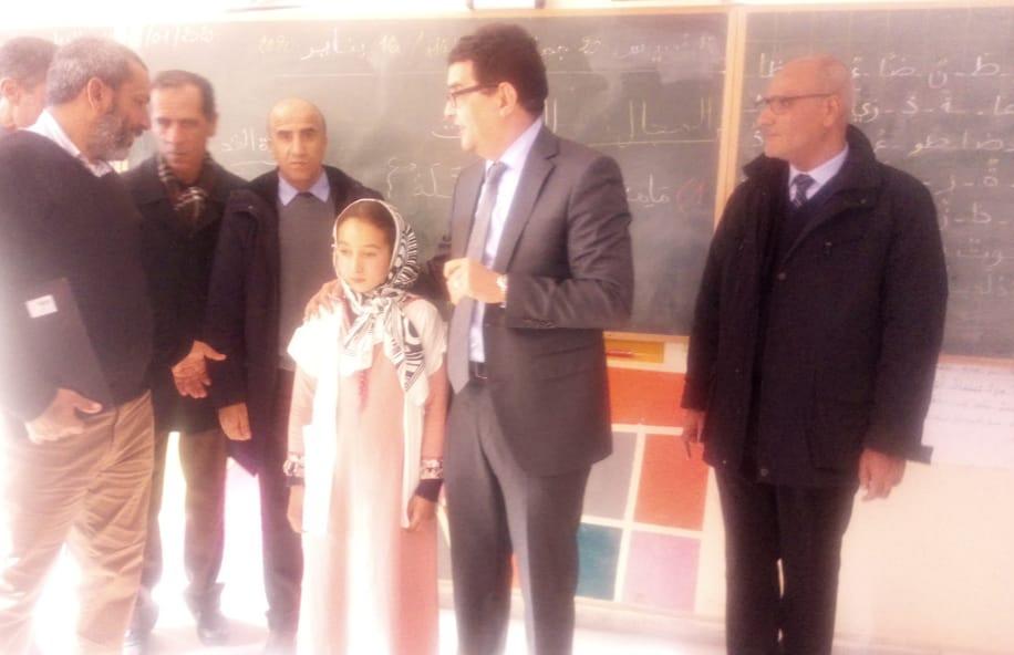 عامل الإقليم والسلطات التربوية في زيارة تفقدية لمدرسة ابراهيم الروداني بحي السلام بالجديدة
