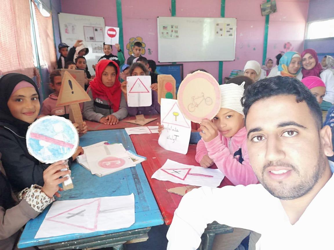 مدرسة الحمامنة بجماعة سيدي محمد اخديم بإقليم الجديدة تخلد اليوم الوطني للسلامة الطرقية.