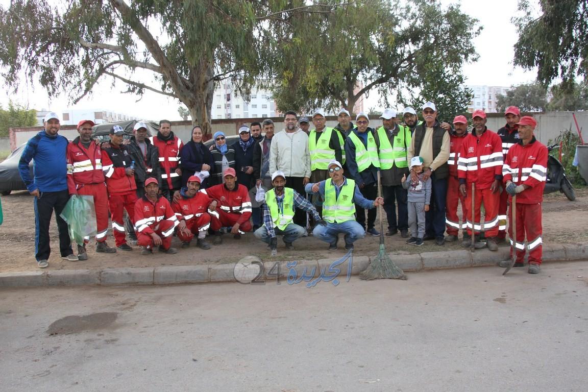 حملة تحسيسية حول النظافة من تنظيم جمعية وازيس لحي بئر إنزران  بالجديدة + صور