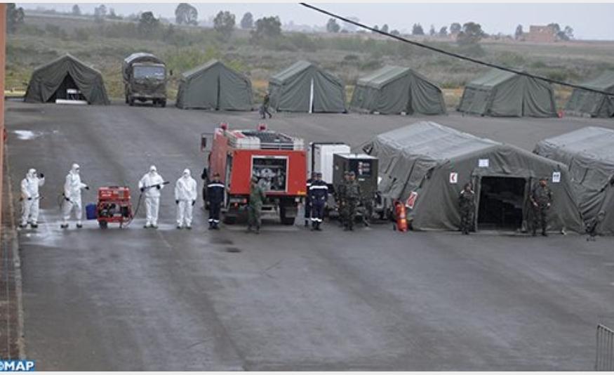 بالصور.. إقامة مستشفى عسكري ميداني بضواحي البيضاء استعدادا لاستقبال 360 مصابا بكورونا
