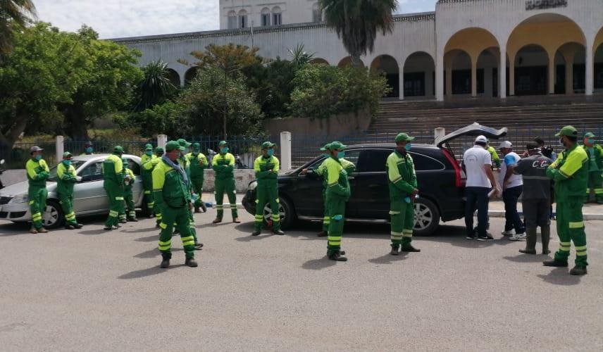 المجتمع المدني يحتفي بعمال شركة النظافة بمدينة آزمور
