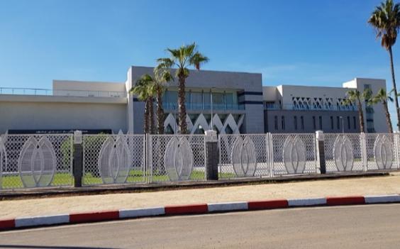 مواطن يتهم 'شيخ ومقدم' بالتستر على بناء عشوائي أضر به.. وعامل سيدي بنور مطالب بالتدخل