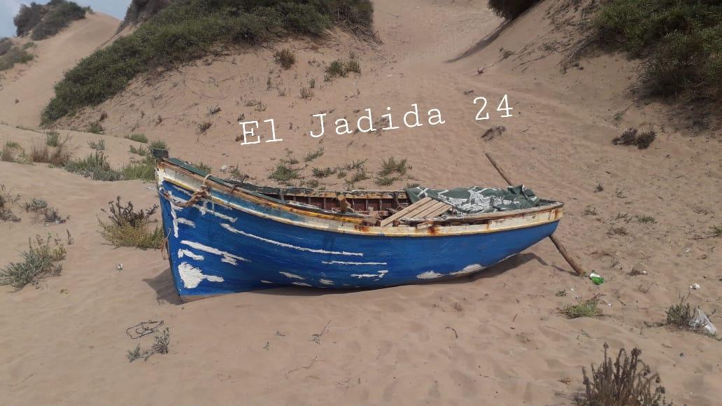 سلطات المهارزة الساحل تضبط قاربين مجهولين بالساحل البحري لاقليم الجديدة