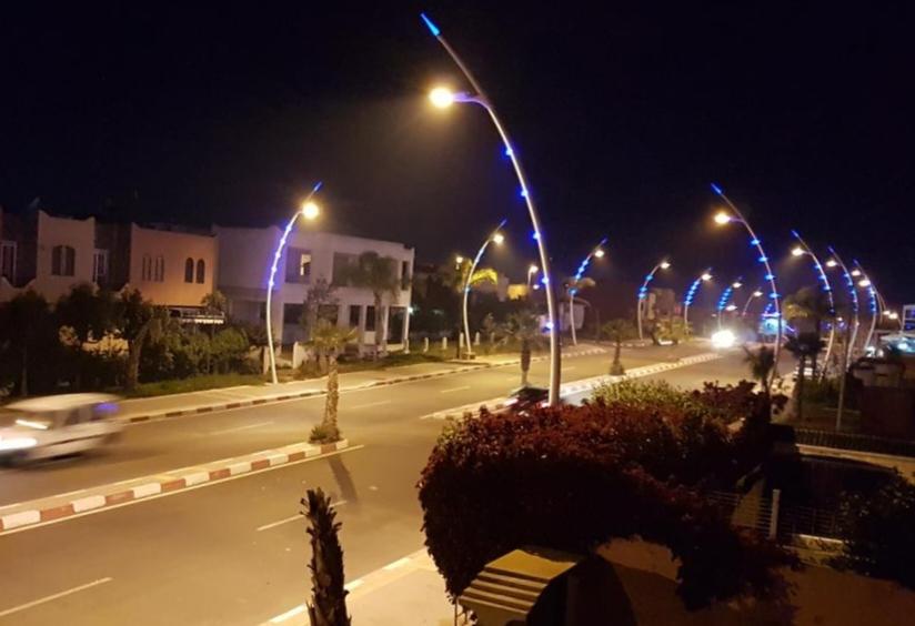 ملاهي وحانات سيدي بوزيد تواصل نشاطها رغم تحذيرات السلطات الأمنية.
