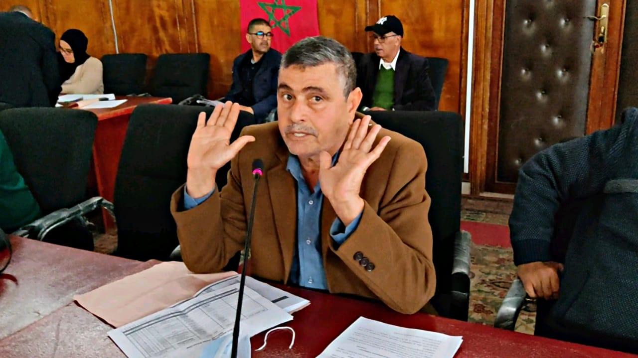 ابو الفرج.. غياب الرئيس واغلبيته  عن مناقشة الشأن المحلي بجماعة سيدي بنور  يبين حجم غياب المسؤولية