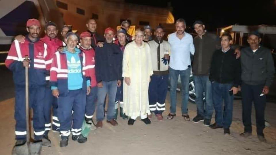 المجلس الجماعي لسيدي بنور يتدخل لحل مشكل إضراب عمال النظافة