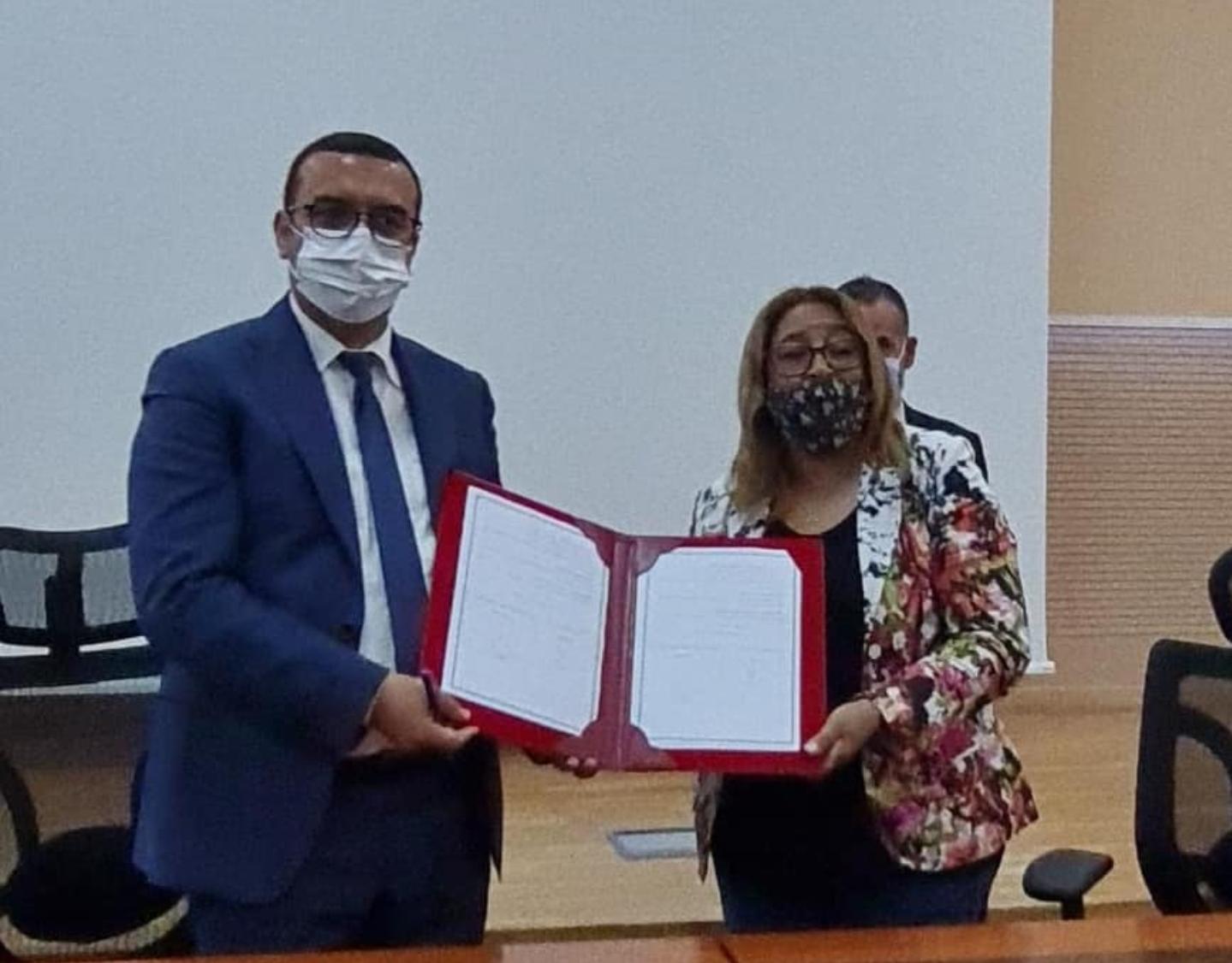 الجمعية المغربية منال لحقوق الطفل والمرأة بالجديدة توقع اتفاقيات شراكة مع وزارة الشغل