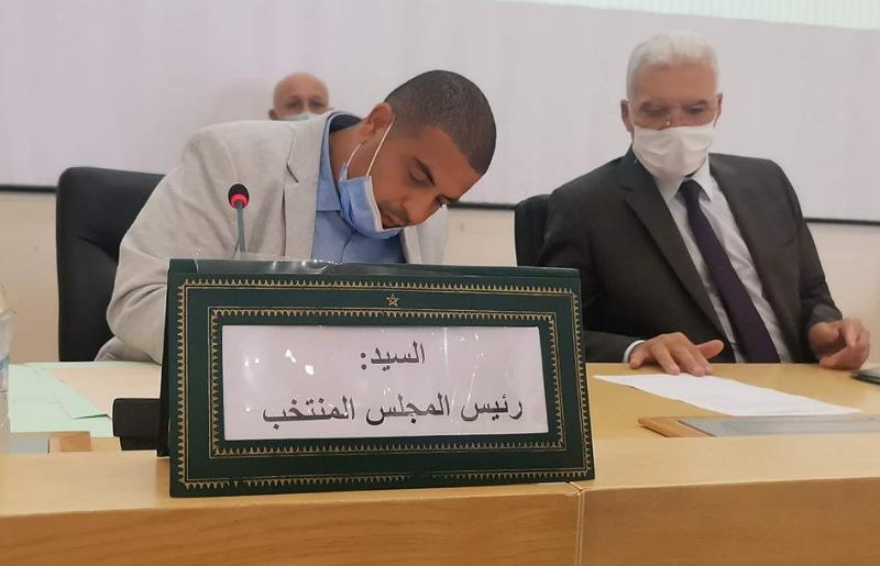انتخاب عبد الإله الصادري رئيسا للمجلس الإقليمي لسيدي بنور وعبد الفتاح عمار نائبا أولا
