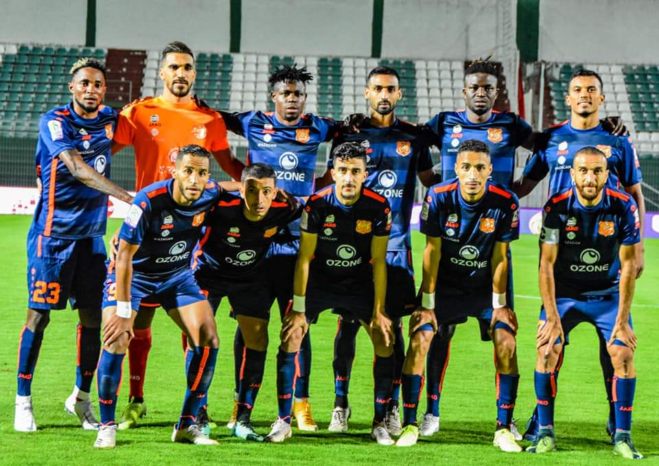 الدفاع الحسني الجديدي يواصل مسيرته الإيجابية في البطولة بتعادل ثمين من ميدان أولمبيك اخريبكة
